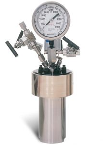 4575B High Pressure/High Temperature, 500 mL, Moveable Vessel Assembly