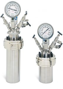 1200 mL, Fixed Head and 600mL Moveable Reaction Vessels