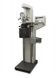 Model 4578 High Temperature/High Pressure Reactor, Floor Stand, 1800 mL, Fixed Head, with Heater and Pneumatic Lift
