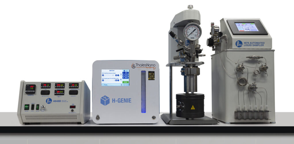 4566 Reactor with H-Genie Hydrogenation Generator, 4848 Controller, and 4878 Automated Liquid Sampler